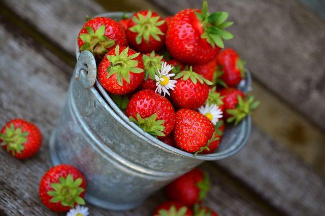 Domácí jahodový sirup pomáhá při revmatismu, posiluje srdeční soustavu